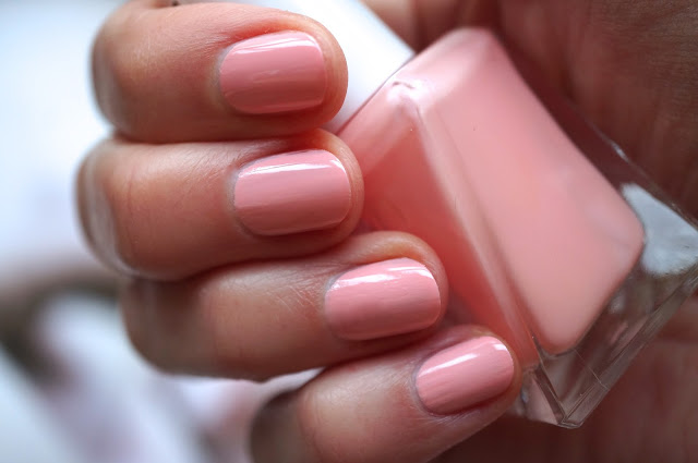 Essie Gel Couture 'Hold the Position'