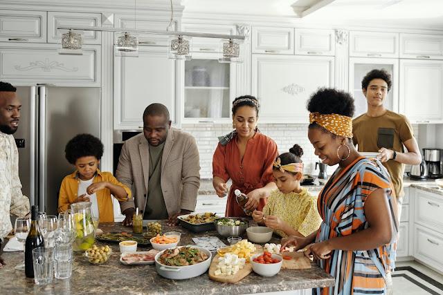 Fun Family Bonding Activities - Cooking Classes