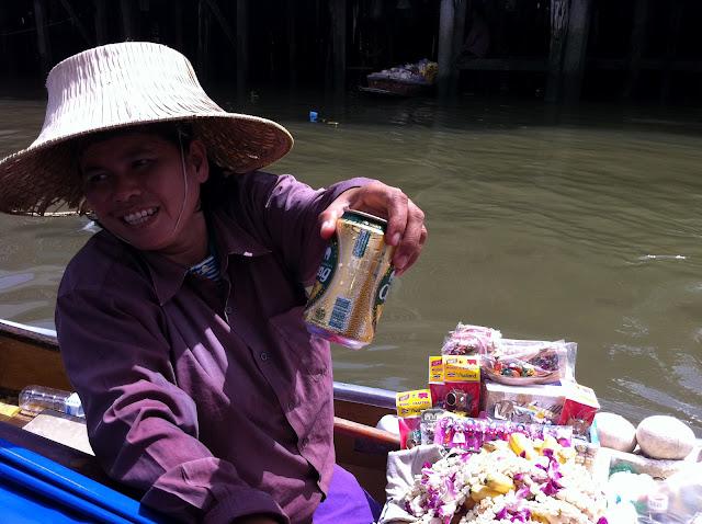 Venta ambulante en Chao Praya
