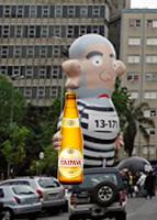 Lula vai bêbado ver parentes de vitimas da TAM