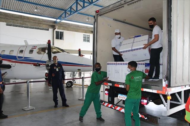 Nova remessa com 629.350 doses de vacinas contra a Covid-19 chega à Bahia