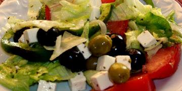 Sałatka typu greckiego
