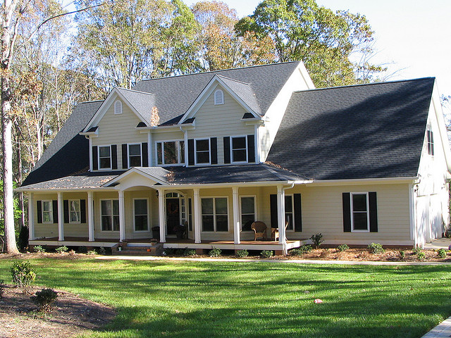 Five Top Reasons to Upgrade to HardiPlank Siding