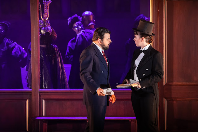 Verdi: Un ballo in maschera - Matteo Lippi (the Duke), Alison Langer (Oscar) - Opera Holland Park 2019 (Photo Ali Wright)