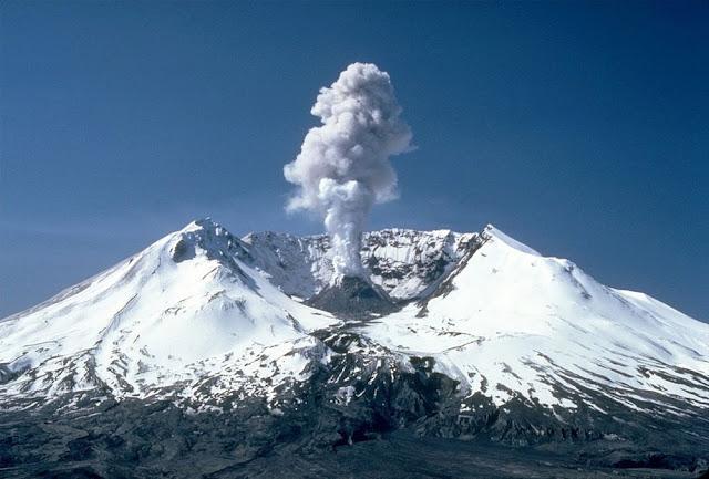 Vulcão Monte Santa Helena - EUA