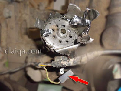 lepas konektor switch tekanan oli