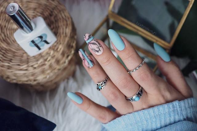 paznokcie akwarele