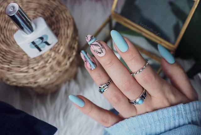 Pastelowe paznokcie w kwiaty | FollyNail