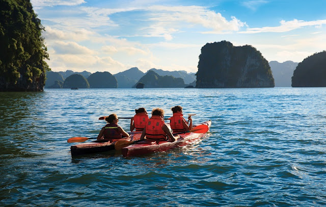 Exciting activities for children during summer holiday in Vietnam 1