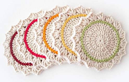 Free crochet coaster pattern, photo by Crafts Tutsplus | Happy in Red