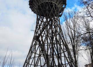 Часов Яр. Водонапорная башня инженера Шухова