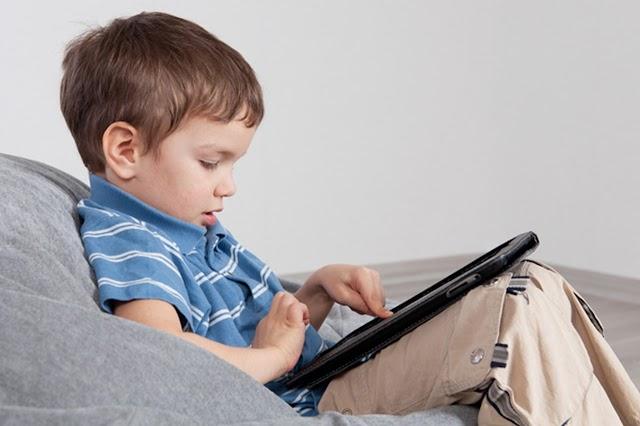 مشاكل في الجلوس مطولا أمام الكومبيوتر وكيفية علاجها