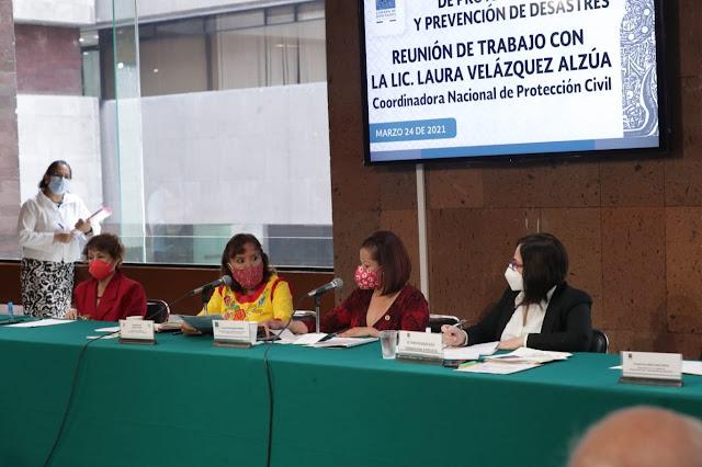 La coordinadora nacional de Protección Civil, Laura Velázquez Alzúa se reúne con diputadas y diputados
