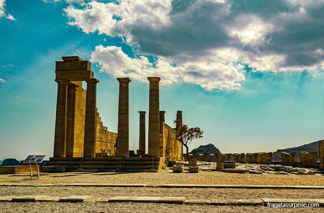 Templo de Atena na Acrópole de Lindos, Grécia