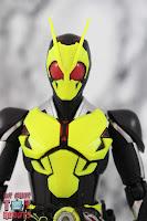 S.H. Figuarts Kamen Rider Zero-One Rising Hopper 04