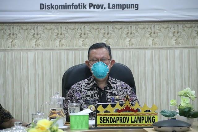 Sekdaprov Lampung Hadiri Penyampaian Executive Summary Kuliah Kerja Dalam Negeri (KKDN) Perwira Siswa Dikreg Sesko TNI Angkatan Ke-47 Tahun 2020