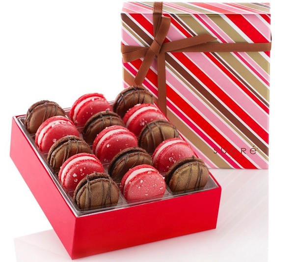 Holiday Macarons Gift Box From Sucre Always Order Dessert