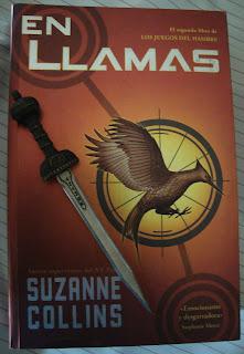 Portada del libro En llamas, de Suzanne Collins