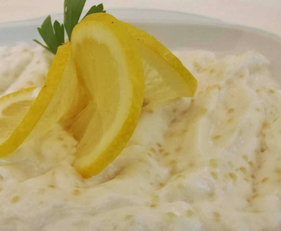 preparare simpla salata icre de stiuca