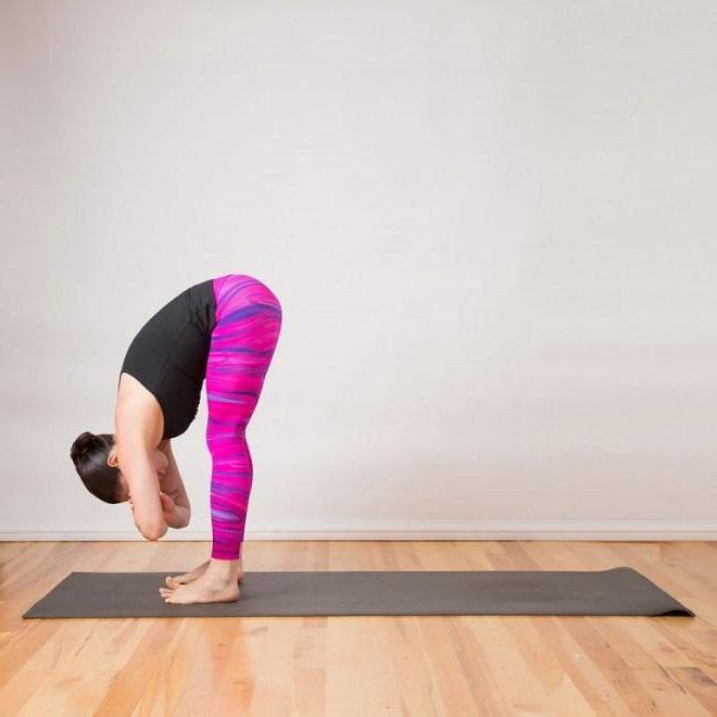 yoga-cho-nguoi-luoi-vo-cung-hieu-qua-tai-nha