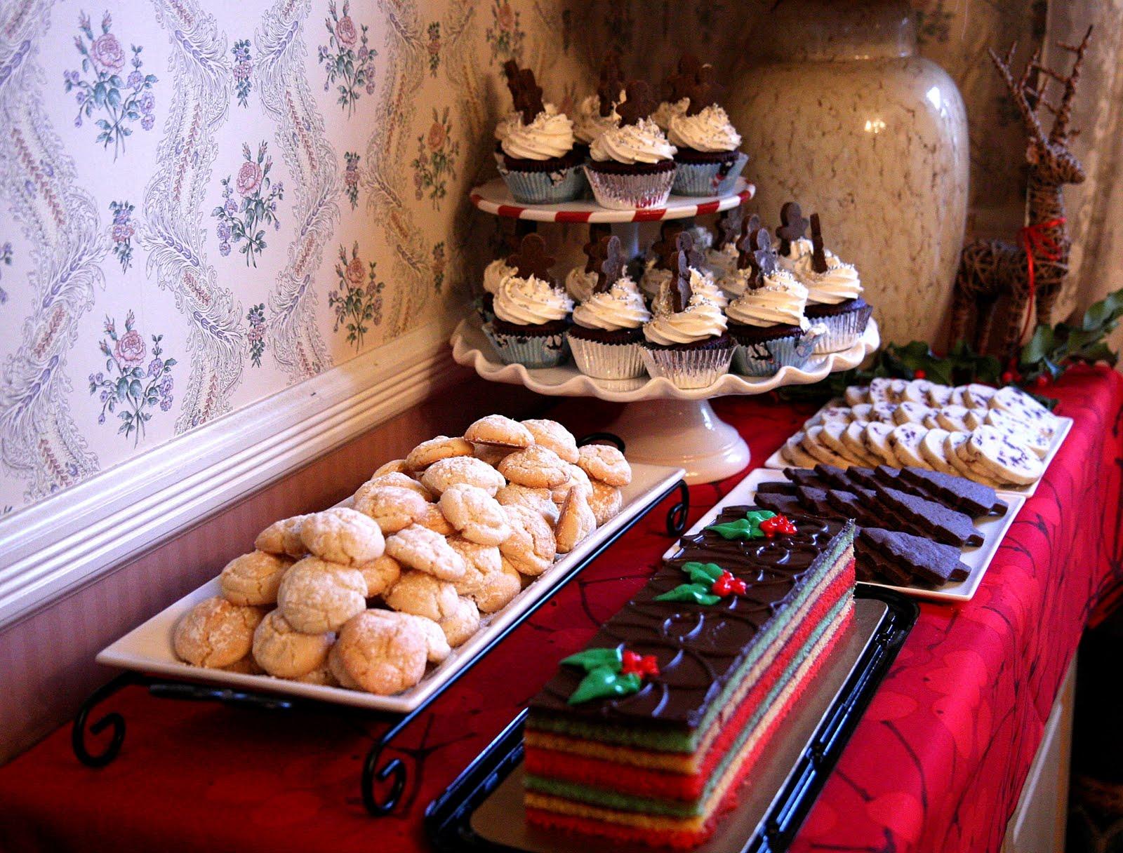 christmas dessert buffet cakes n goodies. Black Bedroom Furniture Sets. Home Design Ideas