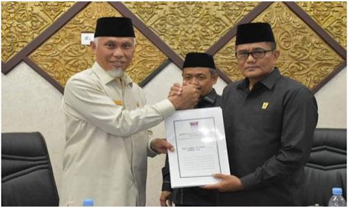 DPRD Padang Gelar Sidang Paripurna, Penyampaian Pandangan Akhir Fraksi