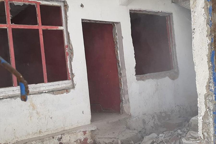 Diyarbakır Bağlar Belediyesi, 8 metruk yapının yıkımını gerçekleştirdi