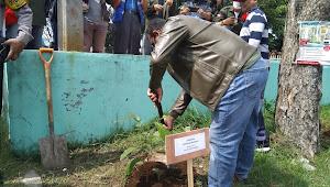 Kolonel Yusep Tanam Bibit Pohon Langka Bersama FWC Dan Anggota Dewan Kota Cimahi