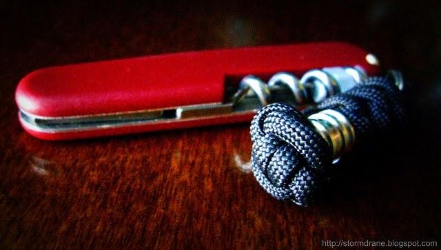 Stormdrane S Blog A Single Strand Button Knot