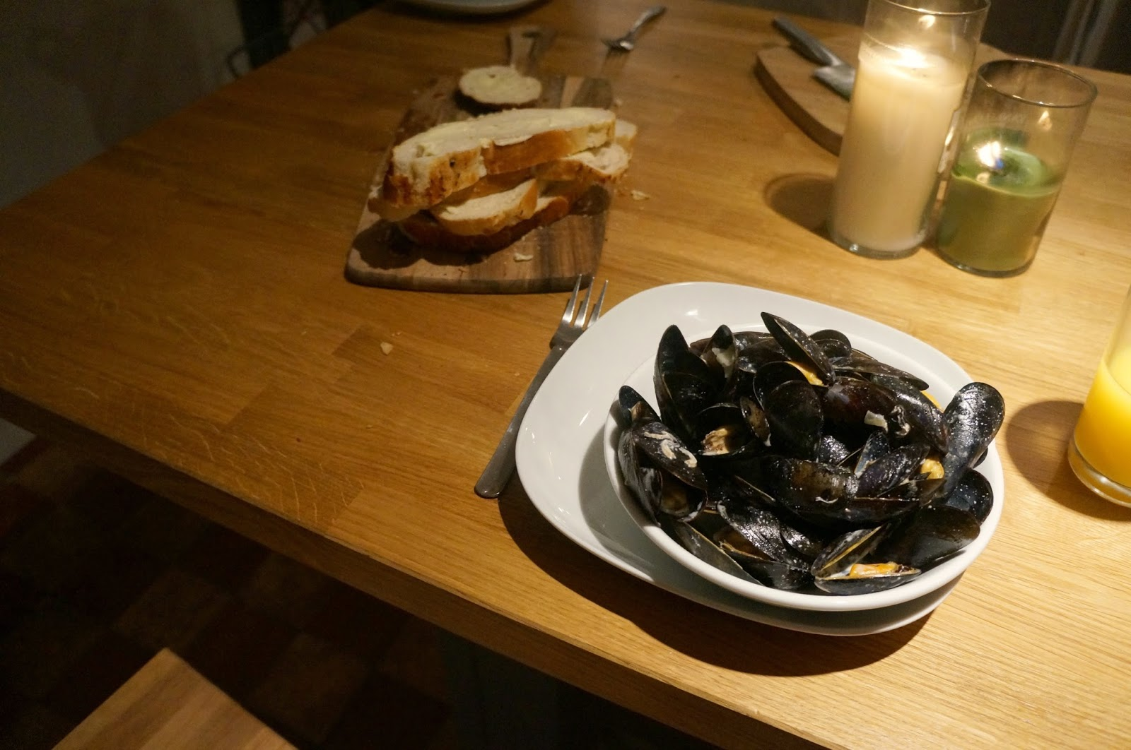 Moules Marinière with Cream, Garlic and Parsley Recipe