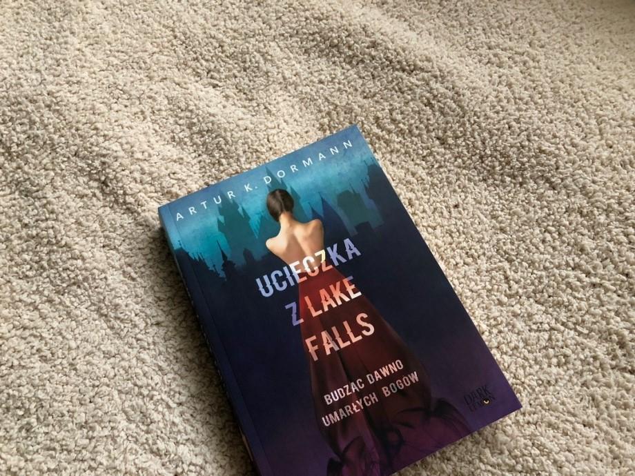 Ucieczka z Lake Falls | Artur K. Dormann