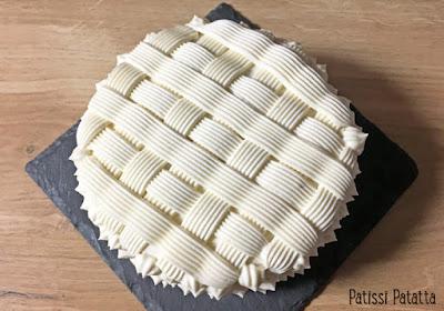recette de gâteau framboisier, framboisier au chocolat blanc, biscuit de savoie, joli gâteau, framboises, ganache montée au chocolat blanc, pâtisserie, dessert, gâteau décoré, patissi-patatta