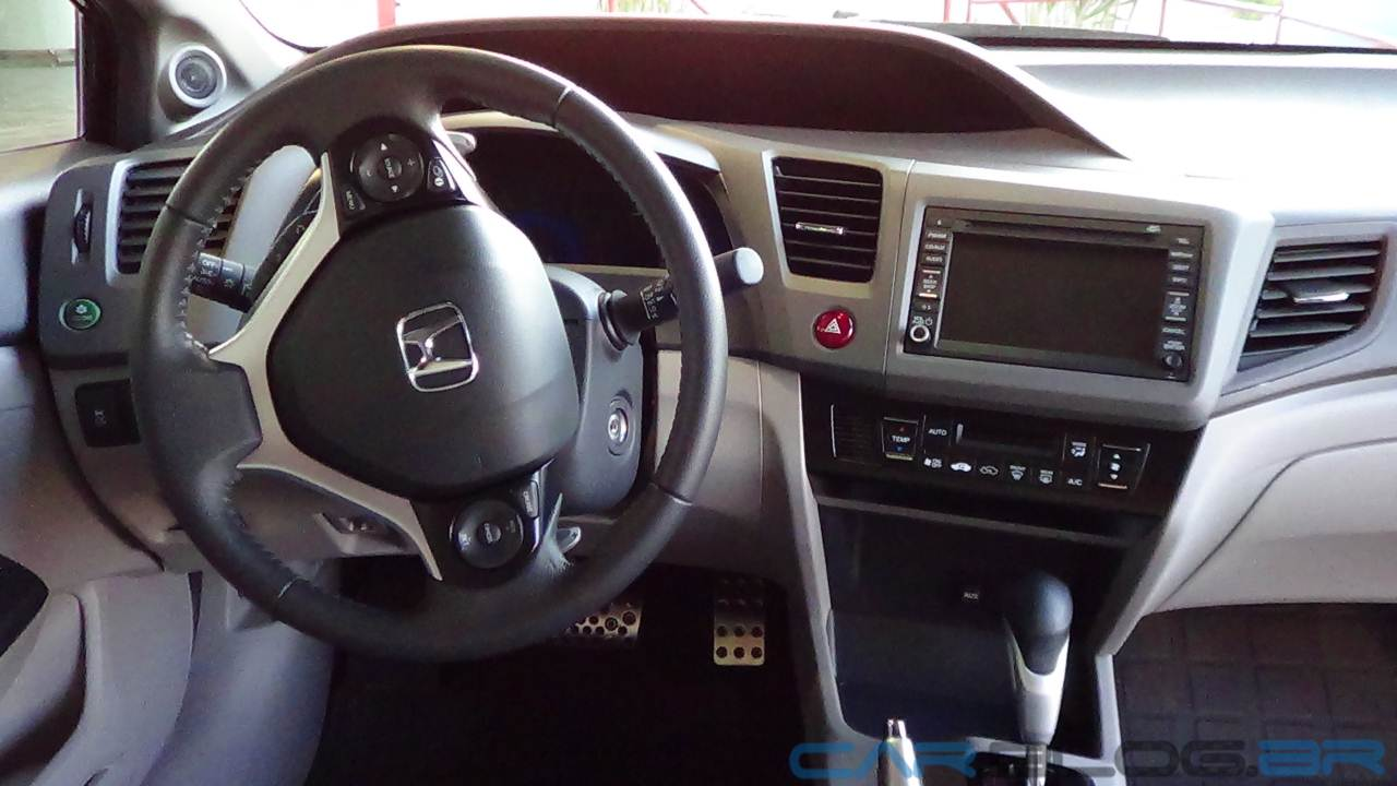 Honda Civic EXS 2013   Interior   Painel