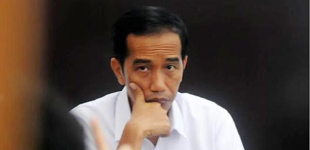 """Jokowi """"Geser"""" Prabowo Ke Kementan Untuk Menambah Barisan Militer Di Sekelilingnya"""