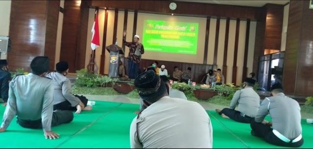 Peringatan Maulid Nabi Muhammad SAW di Polres Nganjuk,Kita Wajib Meneladani dan Memberi Manfaat Bagi Orang Lain