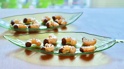 Beetle Larvae Chocolate Snacks (Halloween Recipe)