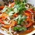 Sopa udon con shiitake, gambones y verduras. Receta