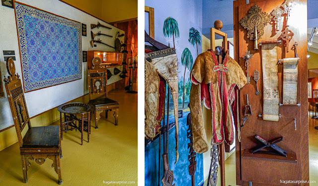 Sala dedicada à cultura do Mali, no Museu Cura Hulanda, Curaçao
