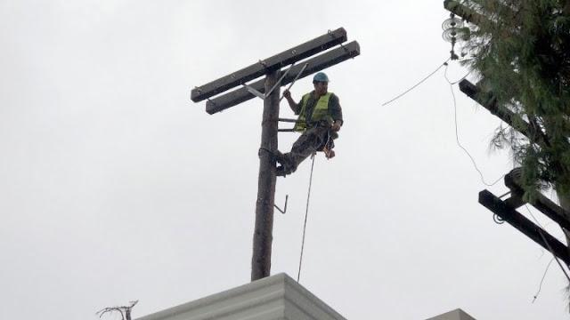 Κακοκαιρία: Δεκάδες διακοπές ηλεκτροδότησης σε όλη την Ελλάδα - Επιχειρούν 600 συνεργεία του ΔΕΔΔΗΕ