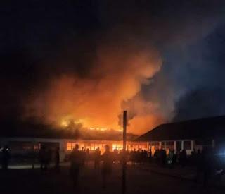 SMP Negeri 1 Doloksanggul Terbakar