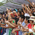 "Multitudinaria Batalla de Flores en ""Plaza Carnaval"""