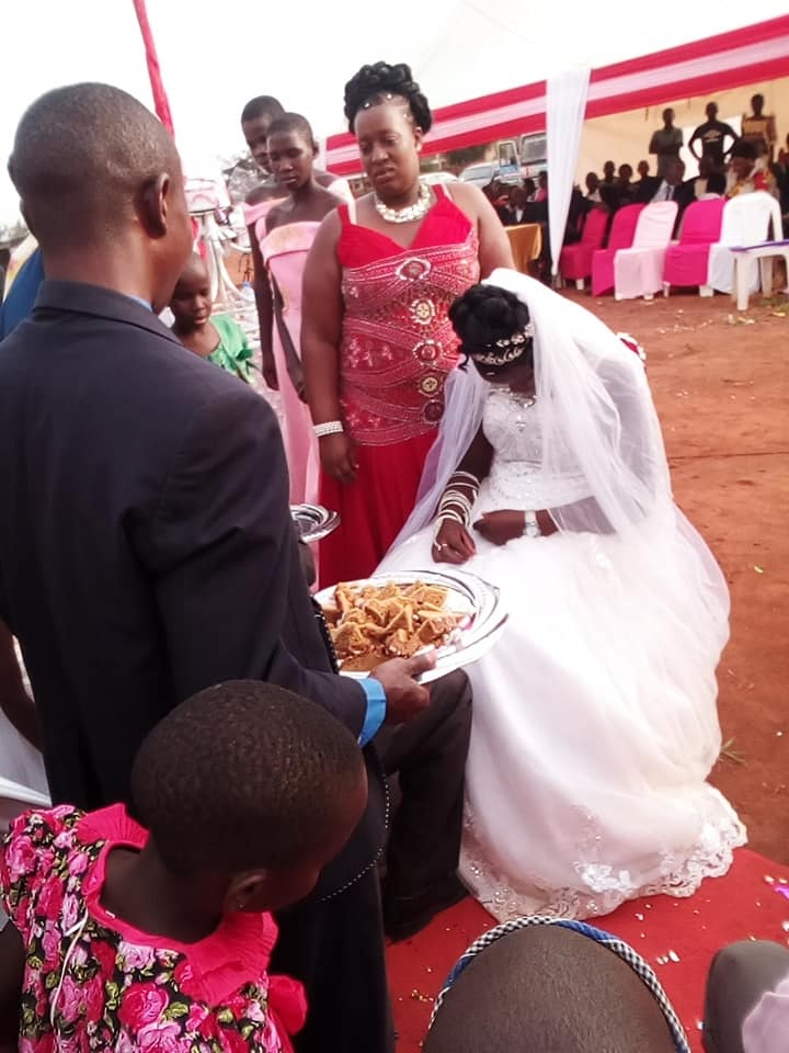 forc%2B1 - WOMAN shocks people at wedding, she looks so sad on the big day, Was she forced?(VIRAL PHOTOs).