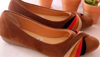 Tips Padu Padan Custom Sepatu Selop, agar Tampilan Makian Oke