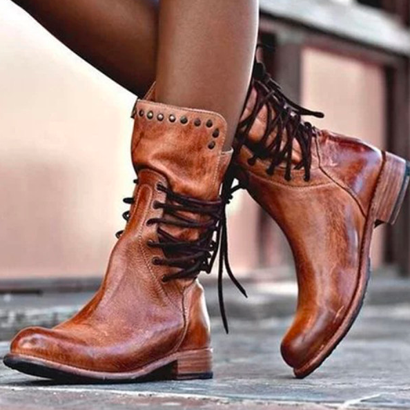 Flat boots for girls