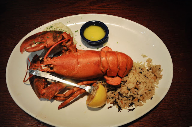 Live Maine Lobster at the Red Lobster, Times Square, New York City