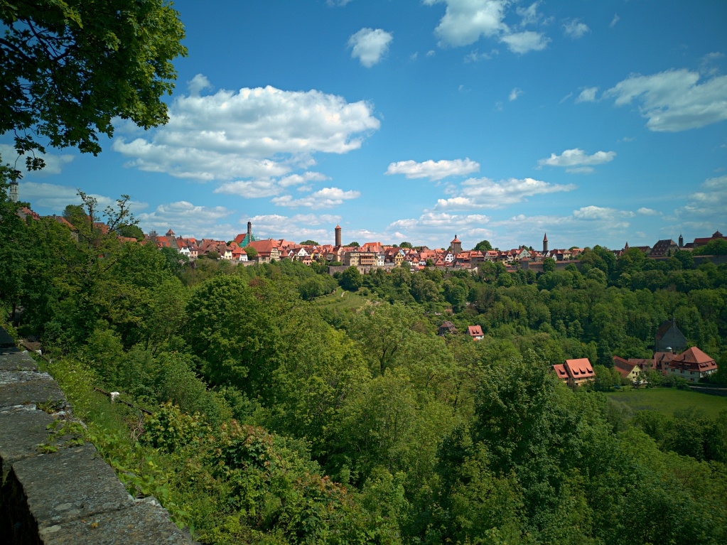 Huawai P20 – Blick vom Burghof auf die Tauberseite von Rothenburg ob der Tauber