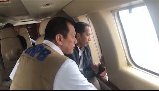 Di Dalam Helikopter, Presiden RI Dan Kepala BNPB Bahas Vetiver