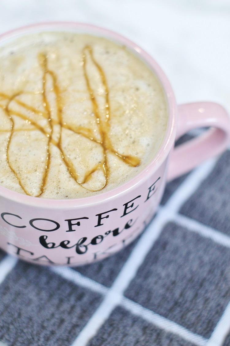 Try this amazing and EASY caramel macchiato at home!