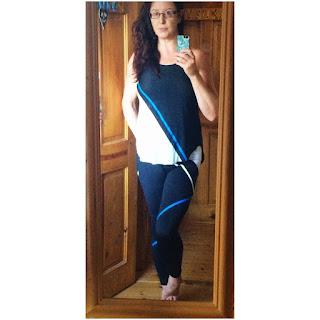 Tricolour Fitness Wear Oysho Selfie