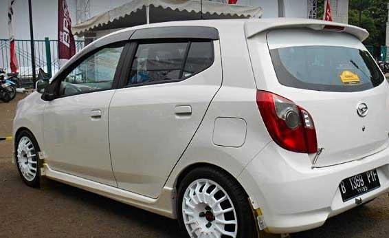 Modifikasi Mobil Daihatsu Ayla Terbaru